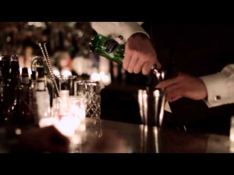 how-to-make-a-johnnie-walker®-black-label®-angus-collins