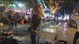 Nour El Ein -awek Arab  feat retmelo buskers cover Amr Diab pak Arab joget sakan