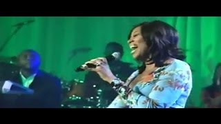 Yolanda Adams - We Fall Down (Tribute to Donnie McClurkin)