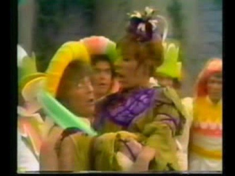 Carol Burnett - Shy (1972 Version)