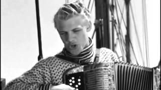 Far til fire på landet (1955) - Spil en polka spillemand (Mossin, Møller Jensen, Hansen & Neumann)