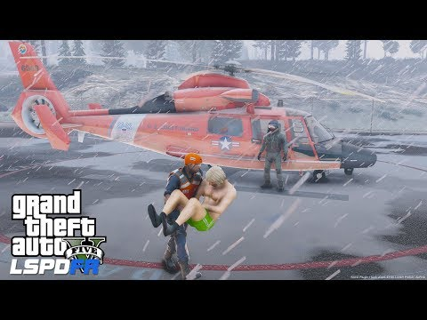 GTA 5 LSPDFR Coastal Callouts I Tried To Save Him - Coast Guard Motor Life Boat Tows Disabled Vessel