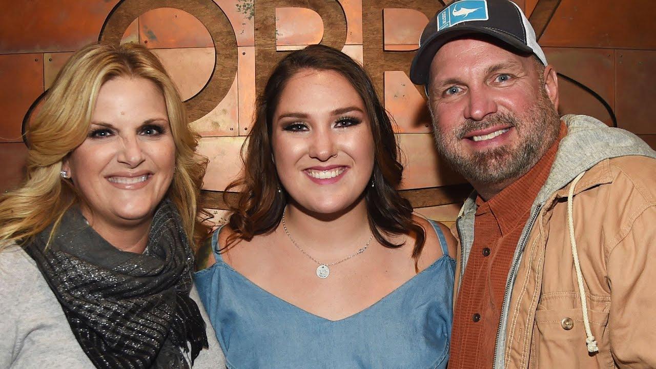 Garth Brooks' Daughter Tests Positive For Coronavirus