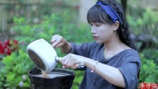 Download lagu Dragon boat zongzi~龙舟枕头粽,端午记得回家吃粽子 丨Liziqi Channel