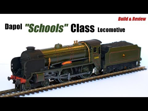 "Dapol ""Schools"" Class Locomotive – OO Gauge Plastic Model Kit – Build & Review"