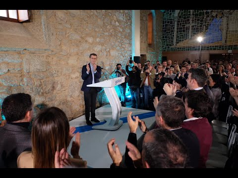Alberto Núñez Feijóo presenta su candidatura para el 5-A