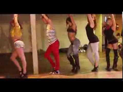 "Download | Michelle ""JERSEY"" Maniscalco | HOTTIE HEELS / New Promo for Jersey"