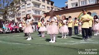yunus emre ilk öğretim okulu 2/C 23 nisan waka waka dansı 2018