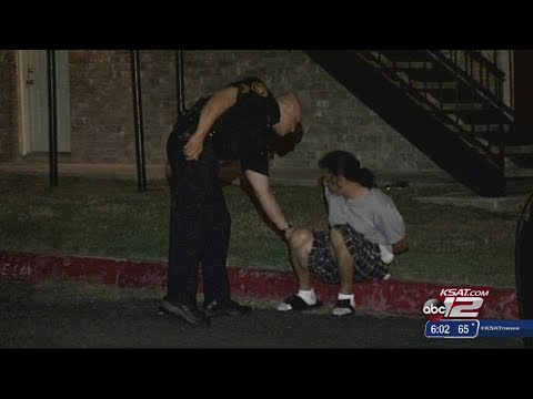 SAPD: Man breaks into sister's apartment, stabs brother-in-law