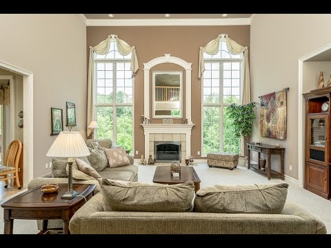 3920 Strathmore Oakland Charter Township, MI   $999,999