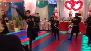 Капитальная лезгинка на свадьбе в Москве