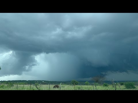 May 10, 2021 | LIVE Storm Chase in Rocksprings, Leakey, & Sonora, TX