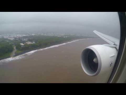 Bad weather landing in Reunion island