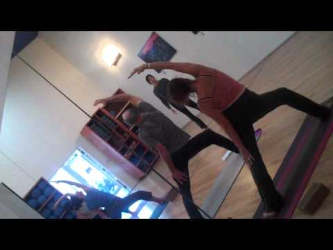Jenn Gaskin Vinyasa  yoga class at Menlo Pilates and Yoga