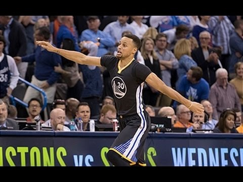 Stephen Curry Ties Single-Game Record for Made 3-Pointers