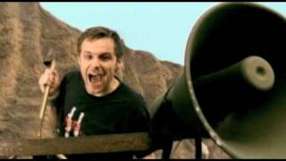 Donots - We Got The Noise (official video // 2004)