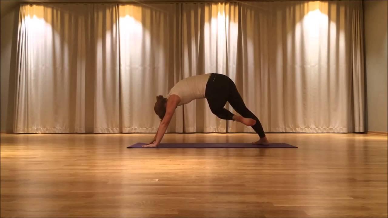 Yoga Energy i Studio Yoga. Friskis Svettis Jönköping d6730e1061532