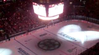 TD Garden goes wild as Bruins take ice for playoffs.flv