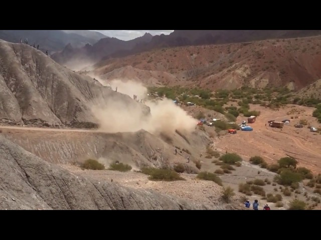 El accidente de Carlos Sáinz en el Dakar 2017 (HD)