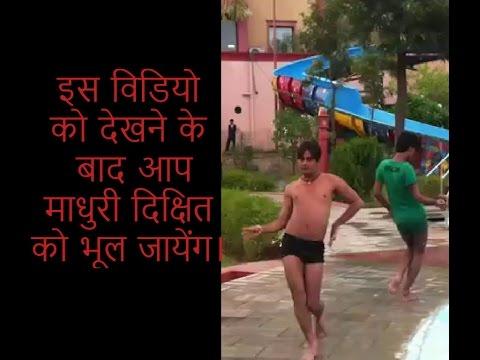 He Beats Madhuri Dixit on Choli ke Peeche...