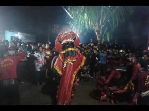 Samboyo putro lagu putri cino & nyuwun sepuro voc. Marwan & bu yayuk live pulosari