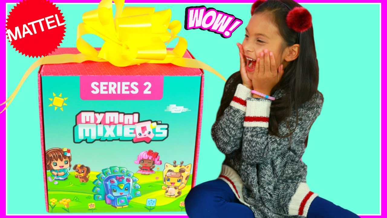 little girl tiana opening surprise huge present toy box from mattel youtube. Black Bedroom Furniture Sets. Home Design Ideas