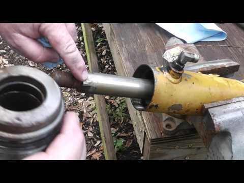 How to Rebuild a Leaking Hydraulic Ram from Start to Finish