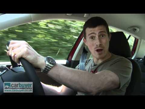 Volkswagen Golf review - CarBuyer