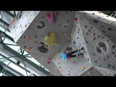 Chris Sharma Sending an 8a at Camp 5 in Malaysia