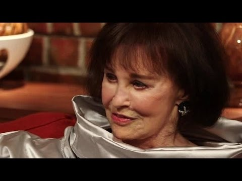 Gloria Vanderbilt opens up to her son Anderson Cooper