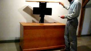 Dovetailed Cherry Blanket Chest With Tv Lift