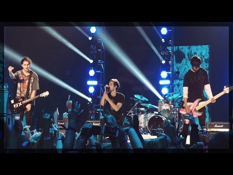 5 Seconds of Summer - VEVO Certified Live