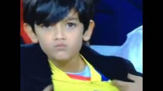 Niño ecuatoriano orgulloso de su selección.