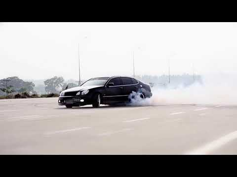 Black A 2jz Toyota Aristo