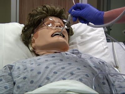ac818e07615 School Uses Mannequins to Teach Nursing Students - YouTube