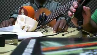 Robson Miguel fala como começou a tocar violão e quem o influencia
