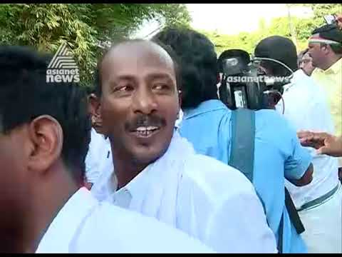 LDF workers blockade  AK Antony's roadshow in Thiruvananthapuram