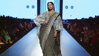 Gauahar Khan Walks For Prreeti Jaiin Nainutia | Spring/Summer 2019 | India Fashion Week