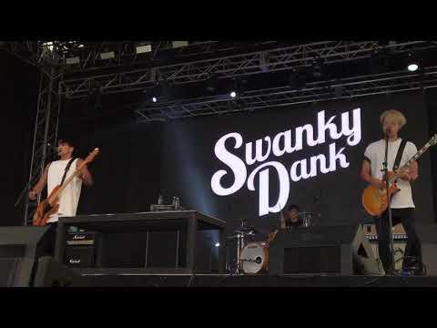 Listen to the Radio , Swanky Dank @ 2017 Pentaport Rock Festival in Korea