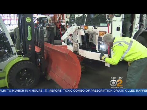 Tri-State Area Braces For First Taste Of Winter Weather