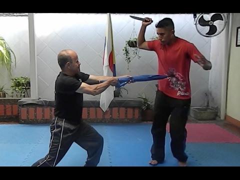 Defense techniques against knife in Shotokan Karate. Sensei Jesús Restrepo