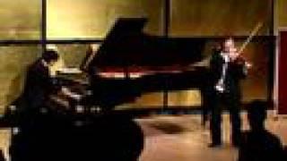 IGUDESMAN & JOO - Mozart Bond