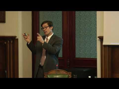 Дослідницький семінар НБУ: Еспер Лінде про наділення центрального банку подвійним мандатом