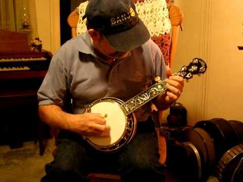 Earl's Breakdown on Larry Barnes Mini Banjo