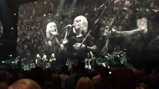 "Roger Waters ""Vera""/""Bring the Boys Back Home"" Chicago, July 28, 2017 - United Center"