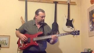 Quimby: Autó egy szerpentinen bass cover