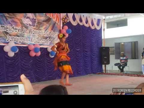 Mora mana udi jaye Top dance