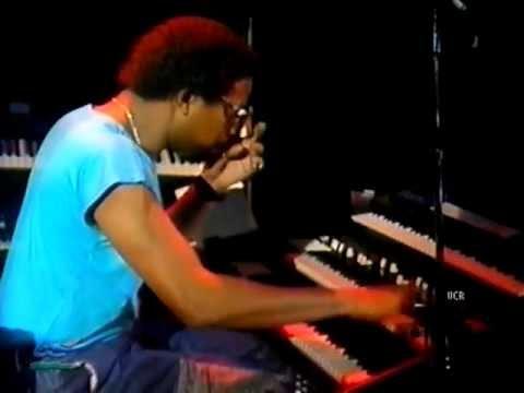 Santana - Savor/Armando Peraza/Raul Rekow/Orestes Vilató Live In Berlin 1987
