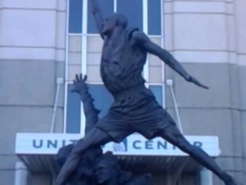 Michael Jordan statue.  (Trip to Chicago pt 2)