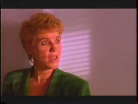 ANNE MURRAY   FLYING ON YOUR OWN   MUSIC VIDEO  1988